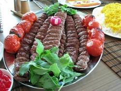 هشدار! سنگدان مرغ به جای گوشت در کبابهای ارزان/ چرا با رستورانهای متخلف برخورد نمیشود؟