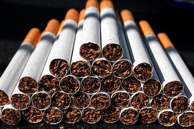 کشف ۱۴۷هزار نخ سیگار از خودروی پارک شده