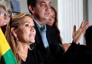 آمریکا «جنینه آنز» را به عنوان رئیسجمهور موقت بولیوی به رسمیت شناخت