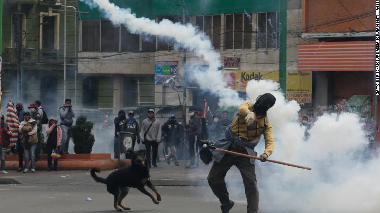 هشدار مورالس به مقامات کنونی بولیوی: دست خود را به خون مردم آلوده نکنید
