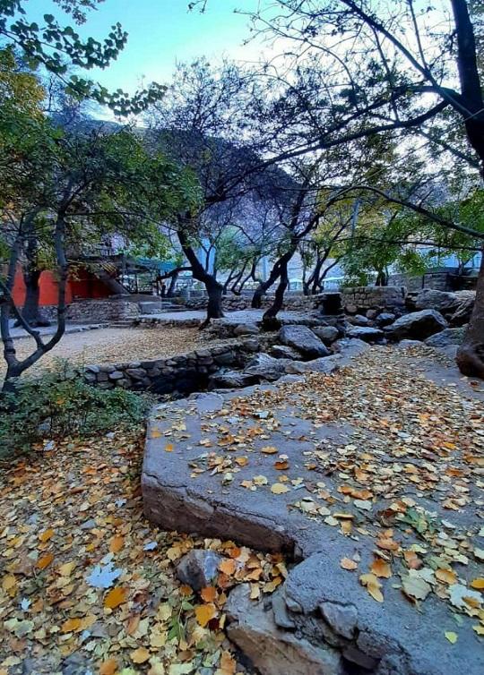 تصاویری زیبا و پاییزی از گردشگاه پیرغار
