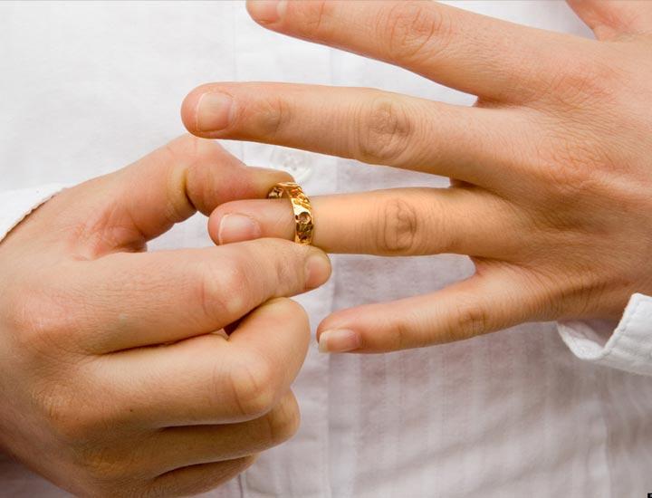 تقاضای طلاق غیابی چه مراحلی دارد؟