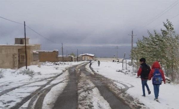 پیشبینی برف، باران و کاهش ۱۲ درجهای دما از عصر امروز در اکثر مناطق کشور