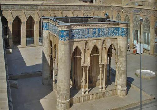 از گنبدهای فیروزهای برافراشته تا سبک بینظیر معماری اسلامی در مساجد شیراز