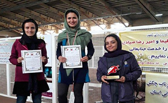 تیم دوو میدانی بانوان مهاباد مقام سوم مسابقات صحرانوردی استان را کسب کرد