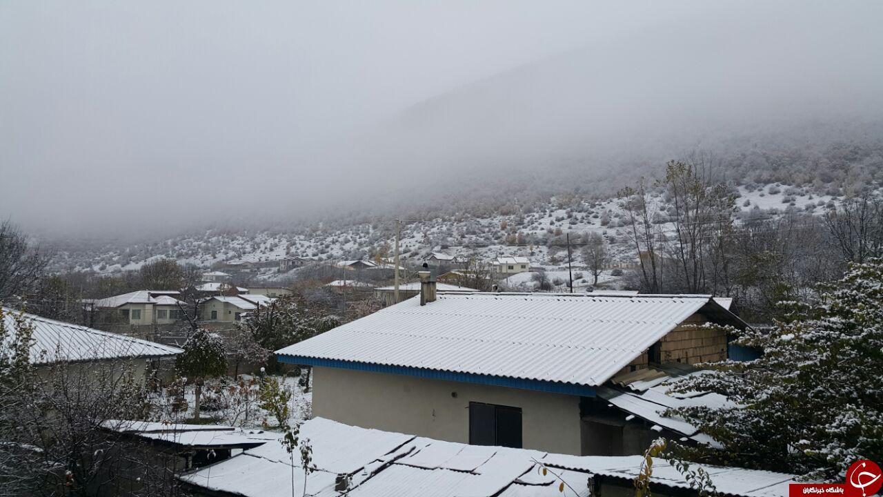 تصاویری از اولین برف پاییزی در روستای «زانوس» نوشهر