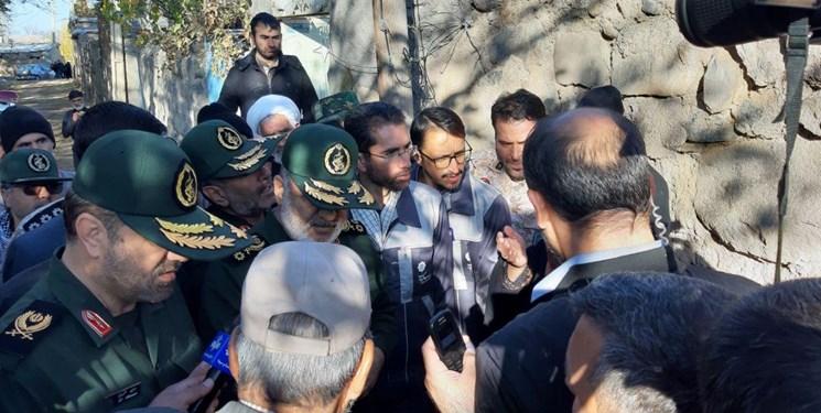حضور فرمانده کل سپاه در مناطق زلزله زده آذربایجان+ تصاویر