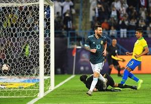 آرژانتین 1 - برزیل 0/پیروزی آلبی سلسته در ریاض با گل مسی