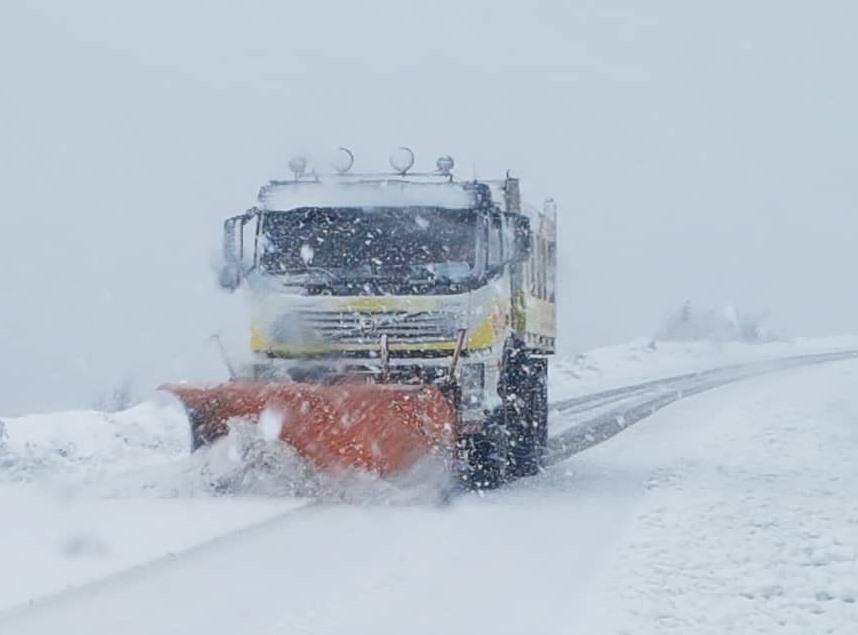 برف پاییزی برخی از استان های کشور را سفید پوش کرد + تصاویر
