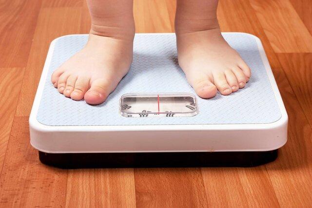 چرا کودکان چاق میشوند؟