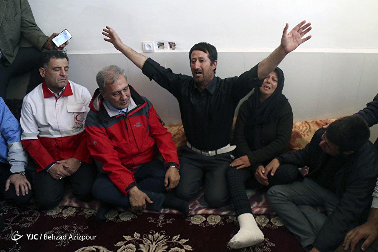 بازدید سخنگوی دولت از مناطق زلزله زده آذربایجان شرقی