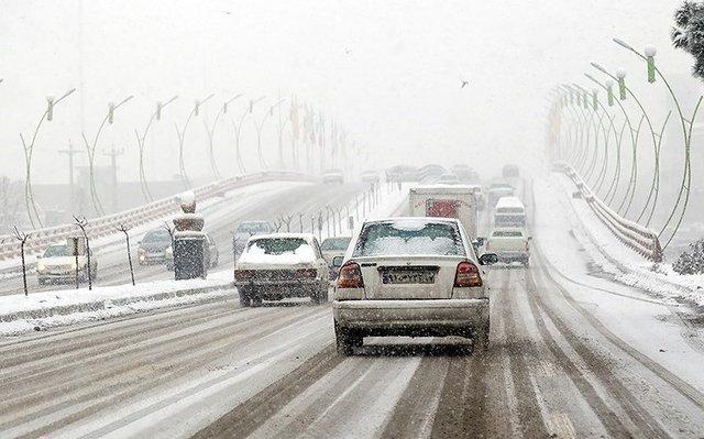 برنامه مدیریت شهری برای جلوگیری از یخ زدگی معابر / بزرگراههای درجه ۱ منطقه باز است