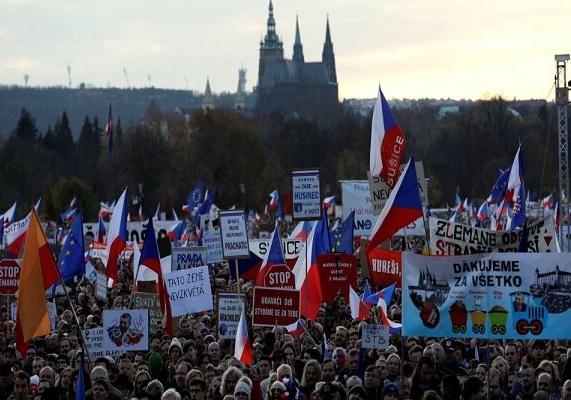 تظاهرات چند صد هزار نفری ضد نخست وزیر جمهوری چک
