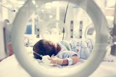 ده درصد نوزادان نارس متولد می شوند