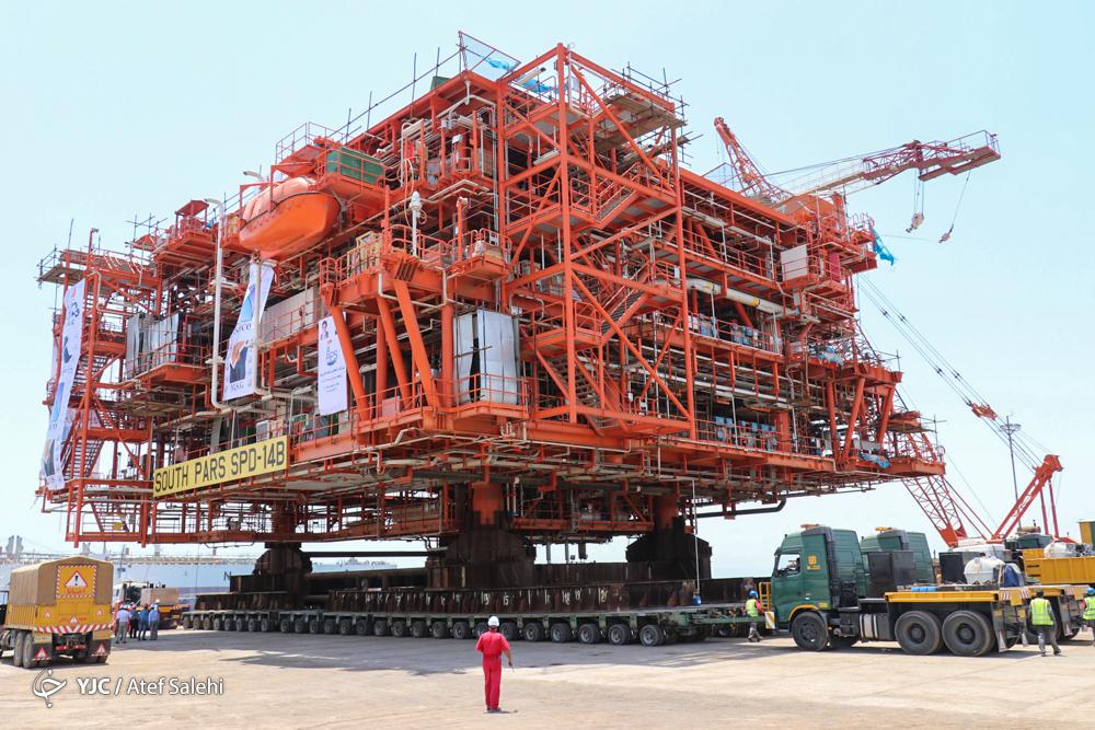 افزایش یک میلیارد فوت مکعب تولید گاز با نصب آخرین سکوهای فاز ۲۲تا ۲۴ پارس جنوبی / تولید سکوهای ایرانی به همراه مهندسی نصب ایرانی