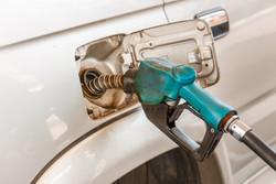 مقایسه نرخ بنزین در ایران با کشورهایی که رتبه رفاه پایینتری دارند + اینفوگرافیک