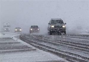 همراه داشتن اجباری زنجیرچرخ برای رانندگان در جاده های برون شهری استان همدان
