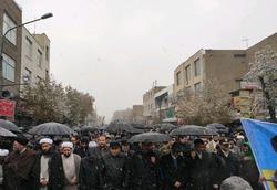 زنجانیها در برف سنگ تمام گذاشتند/ راهپیمایی خودجوش علیه اغتشاشگران + فیلم و تصاویر