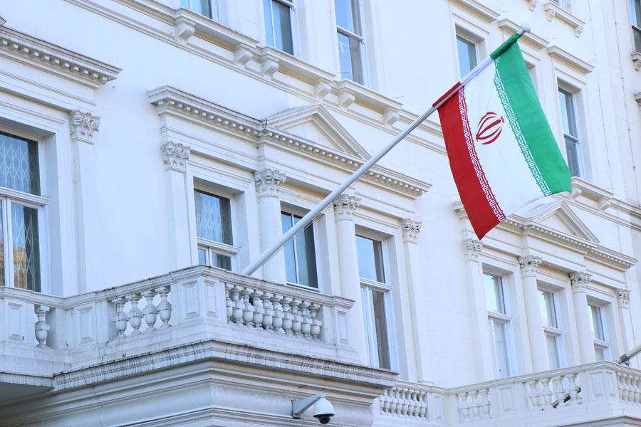 توسعه روابط با منطقه و فرامنطقه راهبرد ایران در حل مسائل کشور/  گسترش روابط؛استراتژی ایران در برابر بی عملی اروپا