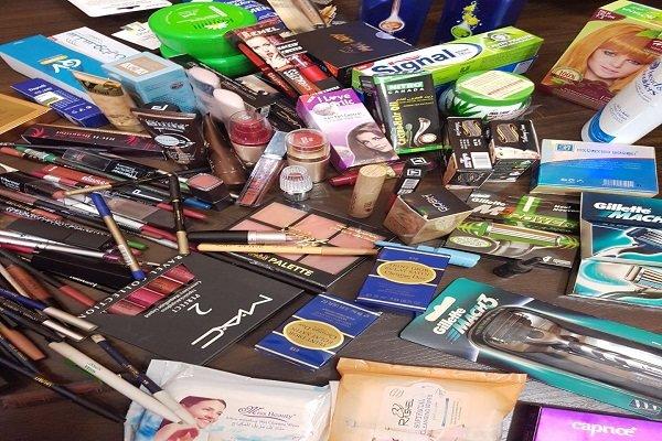 رسوب ۲۰۰ کانتینر محصولات آرایشی و بهداشتی در گمرکات