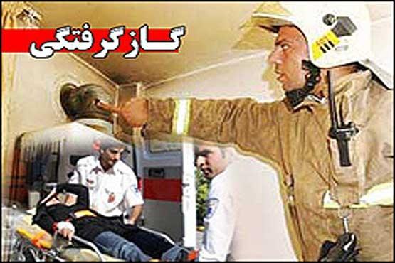 گازگرفتگی دانش آموزان مدرسه ای در خیابان کامران