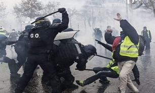 نحوه برخورد پلیس فرانسه با اعتراضات؛ از شلیک گلوله جنگی به صف معترضان تا تیراندازی مستقیم به چشمان تظاهرکنندگان! + تصاویر