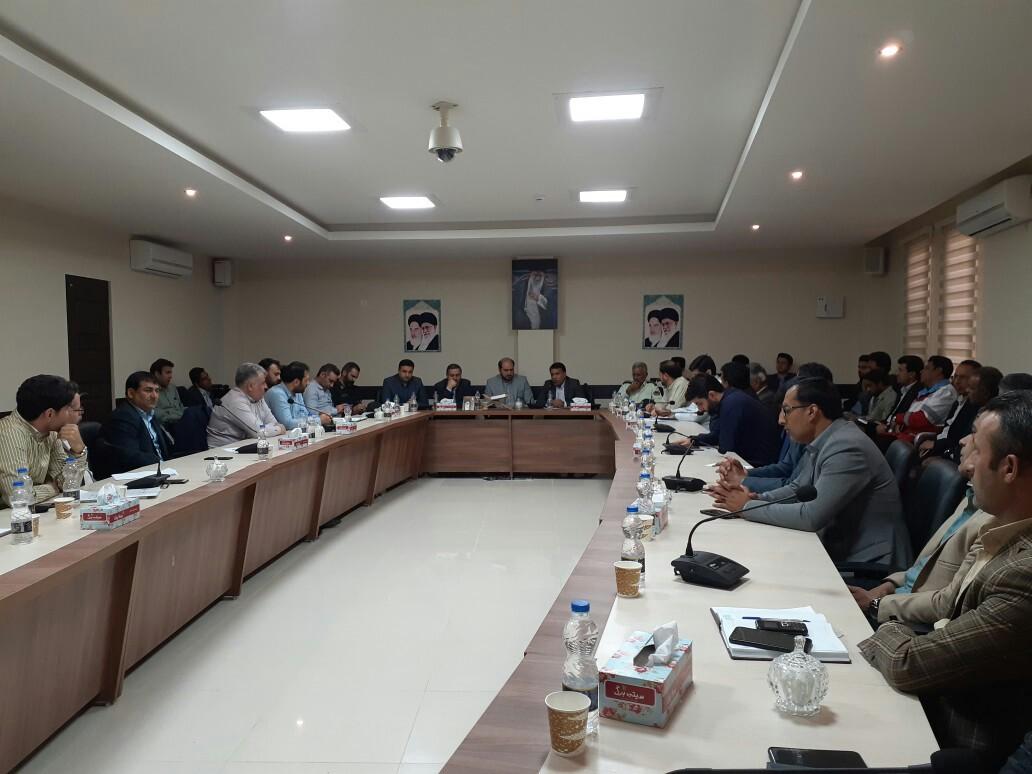 شورای اداری شهرستان قلعه گنج با حضور مسئولین کشوری برگزار شد