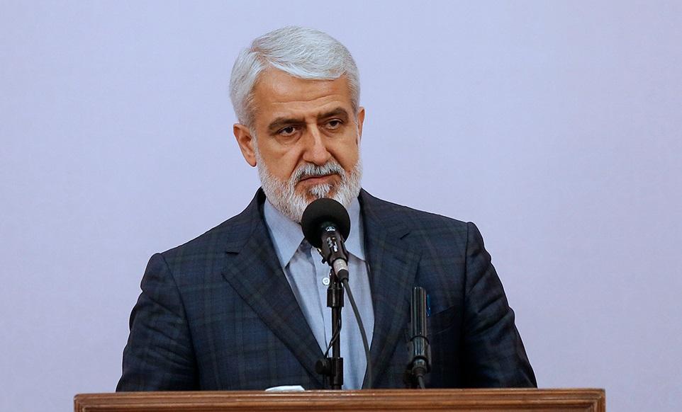 انجام ساخت و سازهای غیرقانونی در تهران/ برخورد قاطع با واگذاری اراضی حریم به افراد حقیقی و حقوقی