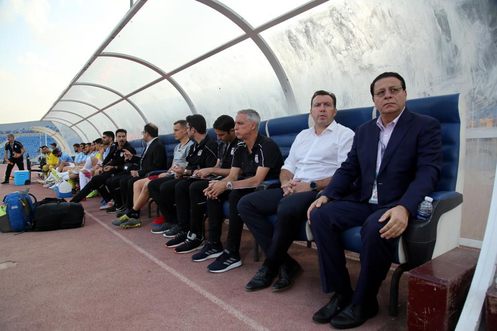 حلالی: فوتبال ایران با ویلموتس پسرفت کرده است/ مربیان پروازی تیم ملی لیگ ما را کوچک می بینند/ صعود نکردن به جام جهانی برای ویلموتس گران تمام می شود