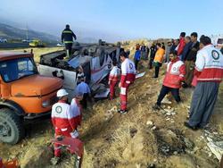 واژگونی اتوبوس با یک کشته و ۲۱نفر مصدوم