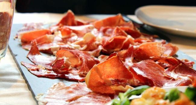 گرانقیمتترین غذاهای دنیا ؛ از قارچ تا پنیر + تصاویر