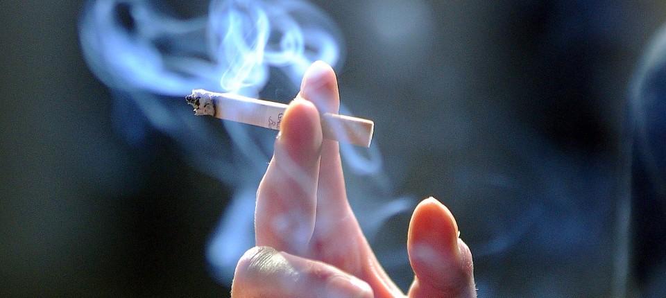 بماند/// سیگار دروازه ورود اعتیاد است/ سومین عامل مرگ و میر در جهان بیماریهای مزمن ریوی هستند