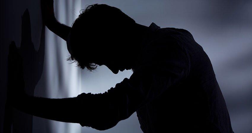 افسردگی، عامل اصلی خودکشی؛ این بیماری بیچهره را جدی بگیرید