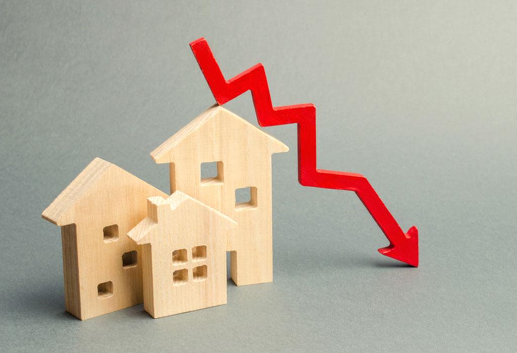 کاهش ۲۰ درصدی قیمت مسکن/ سوداگران منتظر افزایش قیمت به بهانه گرانی بنزین نباشند