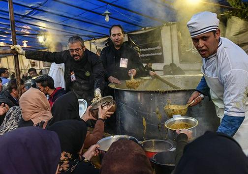 عشق به خاتم انبیاء محمد مصطفی (ص) با پخت بزرگترین آش نذری/این گزارش در حال تکمیل است منتشر نشود لطفا