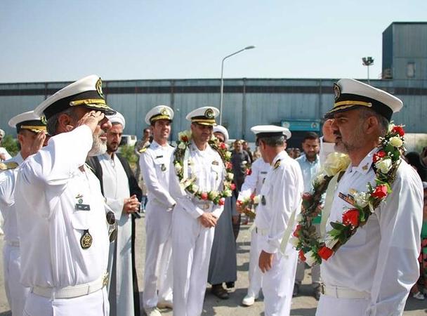 ناوگروه شصت و سوم نیروی دریایی ارتش پس از ۱۰۰ روز پهلو گرفت