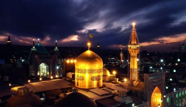 مهمترین کارهای امام رضا (ع) برای حفظ اسلام / ماجرای شاعری که اشک امام هشتم را درآورد!