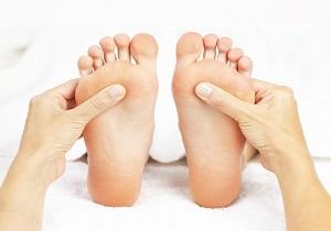 عارضهای خطرناک که مهمترین نشانه آن کاهش احساس پاهاست