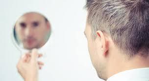 ساعت20//شنبه//چرا افراد دچار سفیدی زودرس مو می شوند؟