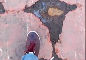 از وضع خطرناک پل عابرپیاده در نکا تا سقوط درخت برروی خودرو در خیابان شریعتی + فیلم و تصاویر