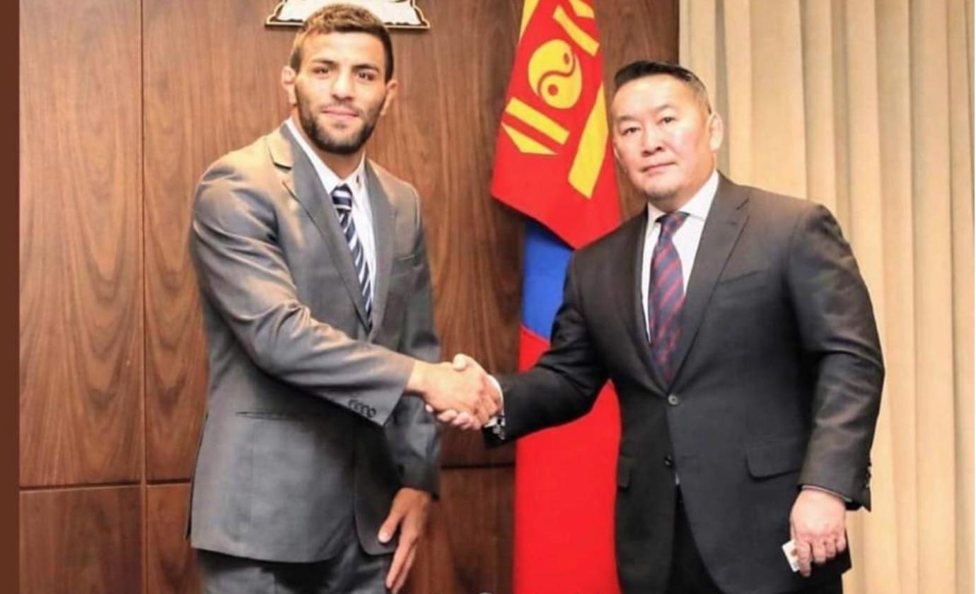 سعید ملایی، شهروندی مغولستان را پذیرفت