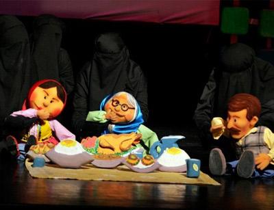 عروسک گردانی در تئاتر