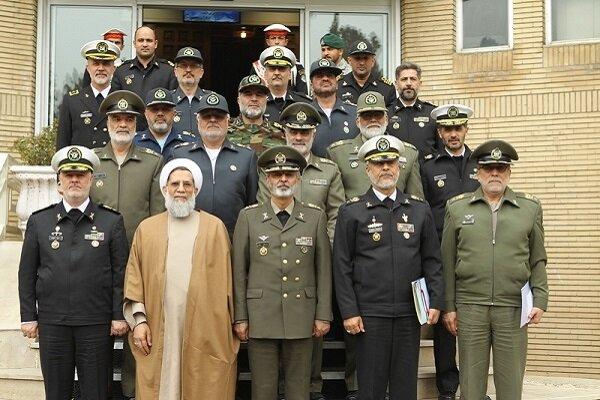 موسوی روز نیروی دریایی ارتش را به خانزادی تبریک گفت