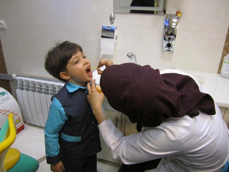 اجرای طرح فلورایدتراپی در مدارس شهرستان دهلران