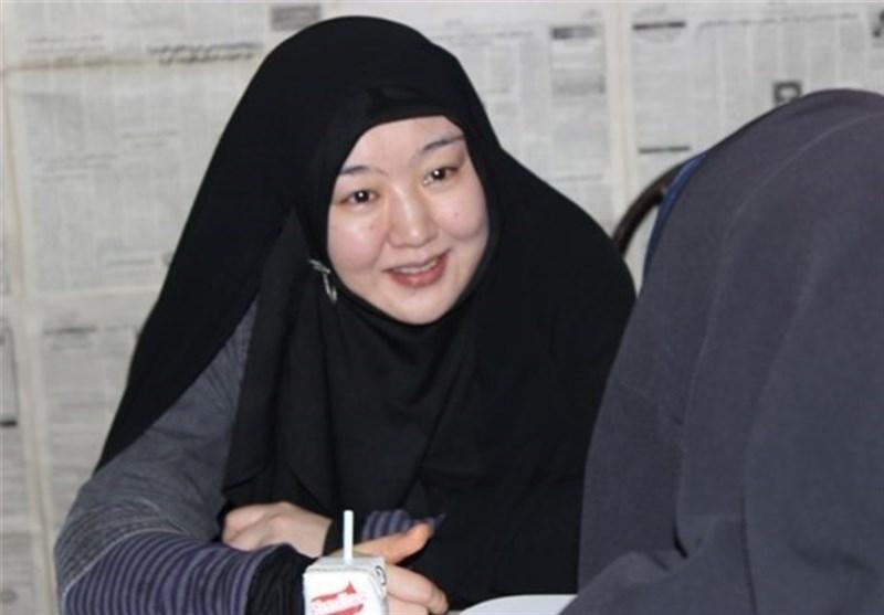 حقانیت اسلام را با رویداد ۱۱ سپتامبر و انقلاب اسلامی درک کردم/ بخاطر رعایت حجاب در ایران ماندم