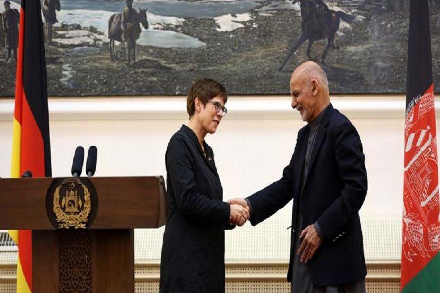 رهبران افغانستان باید در مذاکرات صلح حضور داشته باشند