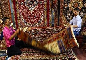 گشایش شانزدهمین نمایشگاه فرش دستباف استان قم/حمایت از هنرمندان و تولیدکنندگان فرش دستباف از مهمترین اولویتهای استان است