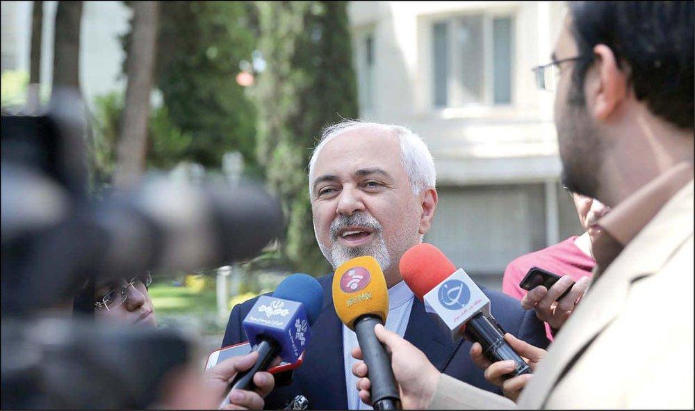 ظریف: استعفا ندادم