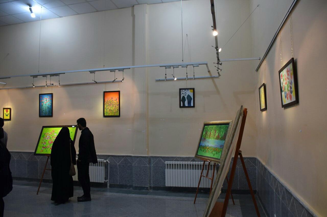 افتتاح نمایشگاه نقاشی معلولان در شهربابک