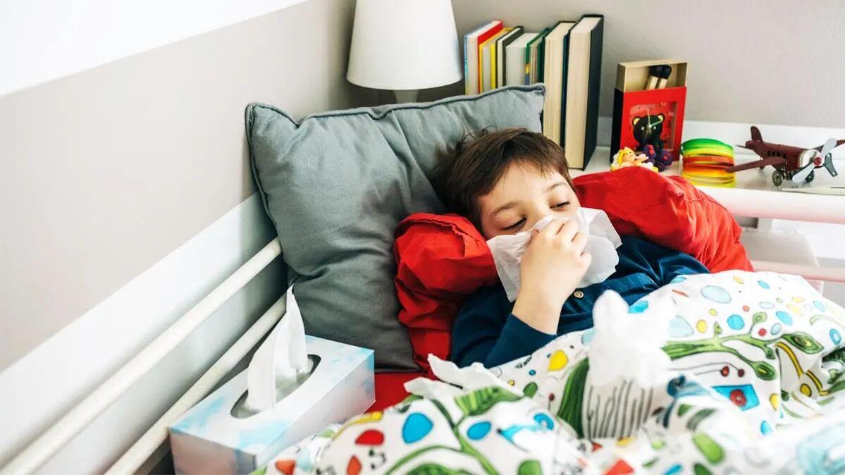 بستری شدن ۱۰۲ بیمار مبتلای به آنفلوآنزا در بیمارستانهای استان اردبیل